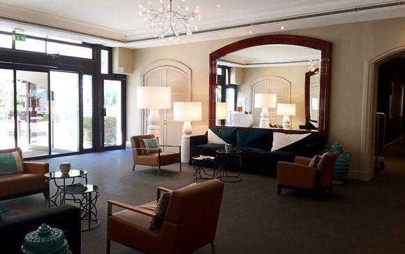 Holiday Inn Nice Centre 4*