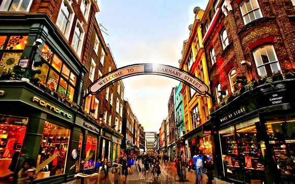 This Fantastic 5 Star Hotel Is Situated In London S West End Just A Short Walk From Oxford Street Ideal Location Perfect For Easy Access To