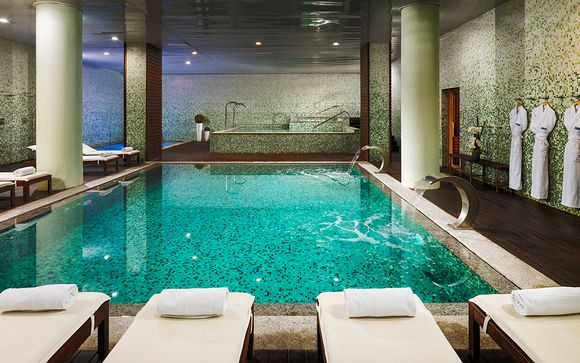 Superb Spa, Amazing Views and a Spectacular Location