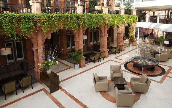 Clayton Crown Hotel 4*