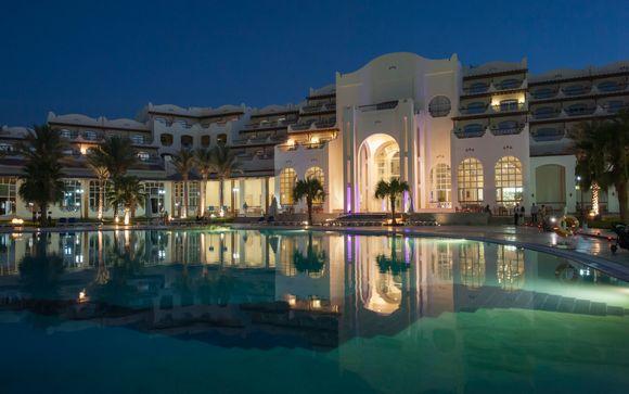 Royal Lagoons Aqua Park Resort and Spa 5*