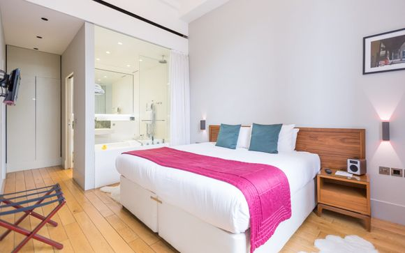 Town Hall Hotel & Apartments 5*
