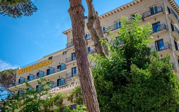 Hotel Montjoi 3*