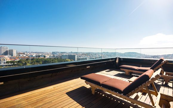 Luxury Collection: Inspiring Views of Eduardo VII Park