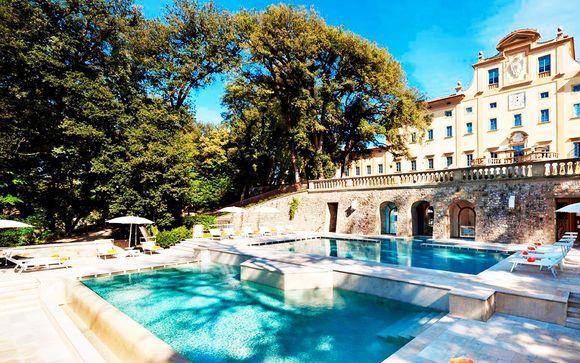 Striking Renaissance Villa in Beautiful Country