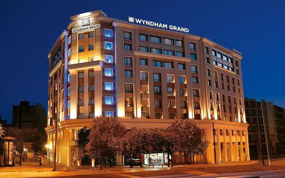 Wyndham Grand Athens 5*