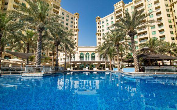Mövenpick Jumeirah Lakes Towers 5*