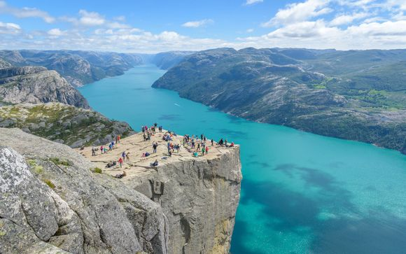 Complete Norwegian Fjords Fly Drive 4*