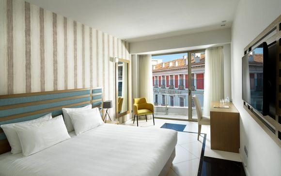 Athens Tiare Hotel 4*