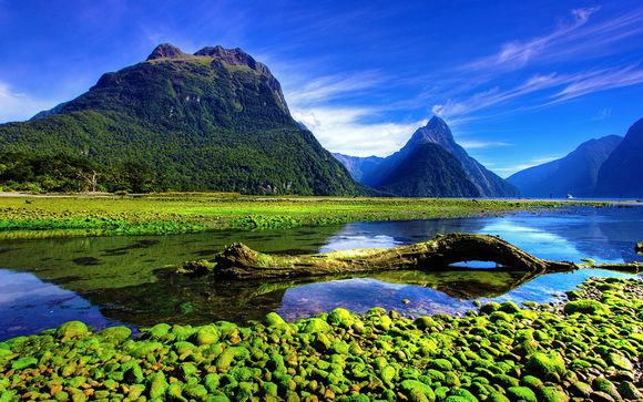 New Zealand Fly Drive with Emirates