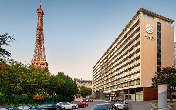 Pullman Paris Tour Eiffel 4*