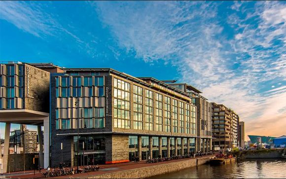 DoubleTree by Hilton Amsterdam Central 4*