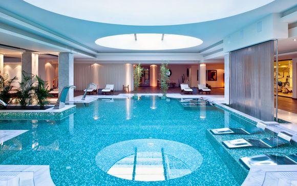 Lusso in 5* con pensione completa e piscina privata