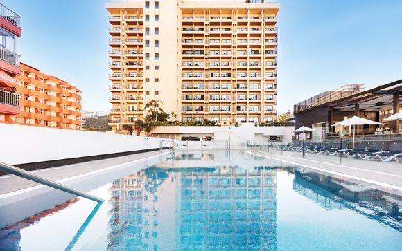 Vacanza vista mare in hotel moderno per tutta la famiglia