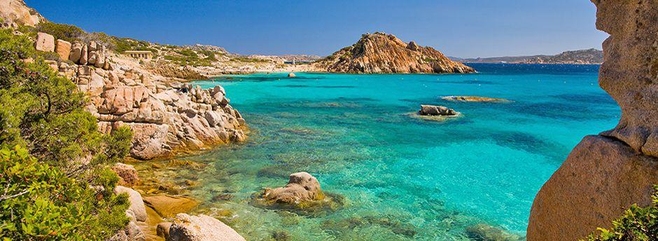 Volo più hotel Sardegna offerte last minute
